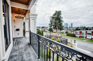 Photo 3: 5538 MEADEDALE Drive in Burnaby: Parkcrest House for sale (Burnaby North)  : MLS®# R2622257