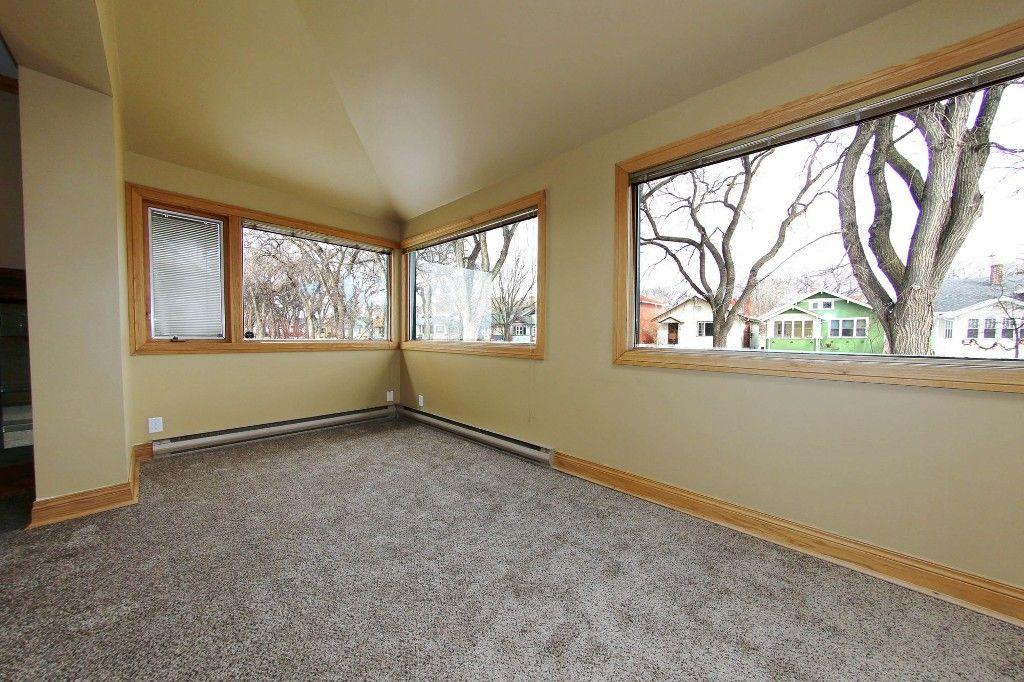 Photo 9: Photos: 492 Sprague Street in Winnipeg: WOLSELEY Single Family Detached for sale (West Winnipeg)  : MLS®# 1607076