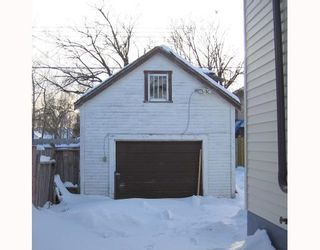 Photo 8: 758 ALFRED Avenue in WINNIPEG: North End Residential for sale (North West Winnipeg)  : MLS®# 2801604