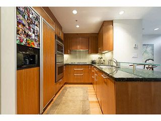 """Photo 8: TH25 338 JERVIS MEWS in Vancouver: Coal Harbour Townhouse for sale in """"CALLISTO"""" (Vancouver West)  : MLS®# V1089727"""