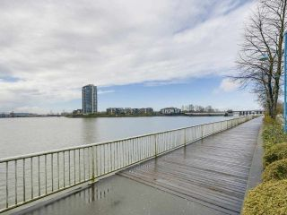 """Photo 20: 113 1150 QUAYSIDE Drive in New Westminster: Quay Condo for sale in """"Westport"""" : MLS®# R2255173"""