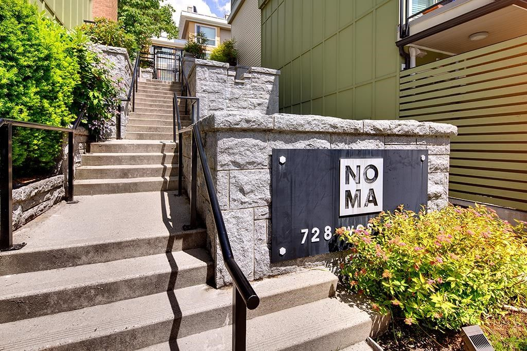 """Main Photo: 61 728 W 14TH Street in North Vancouver: Mosquito Creek Townhouse for sale in """"NOMA"""" : MLS®# R2594044"""