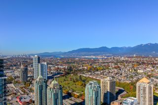 """Photo 38: 4202 4485 SKYLINE Drive in Burnaby: Brentwood Park Condo for sale in """"ALTUS AT SOLO"""" (Burnaby North)  : MLS®# R2316432"""