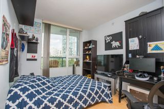 """Photo 13: 908 1033 MARINASIDE Crescent in Vancouver: Yaletown Condo for sale in """"QUAYWEST"""" (Vancouver West)  : MLS®# R2615852"""