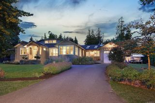 Photo 38: 1908 Beaufort Ave in : CV Comox (Town of) House for sale (Comox Valley)  : MLS®# 856594