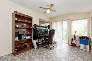 Photo 16: 2040 CAPE HORN Avenue in Coquitlam: Cape Horn House for sale : MLS®# R2582987