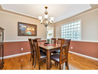 """Photo 5: 6139 W BOUNDARY Drive in Surrey: Panorama Ridge Townhouse for sale in """"LAKEWOOD GARDENS"""" : MLS®# R2452648"""