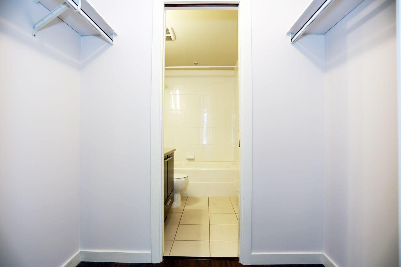 "Photo 11: Photos: 110 10499 UNIVERSITY Drive in Surrey: Whalley Condo for sale in ""D'COR"" (North Surrey)  : MLS®# R2257874"