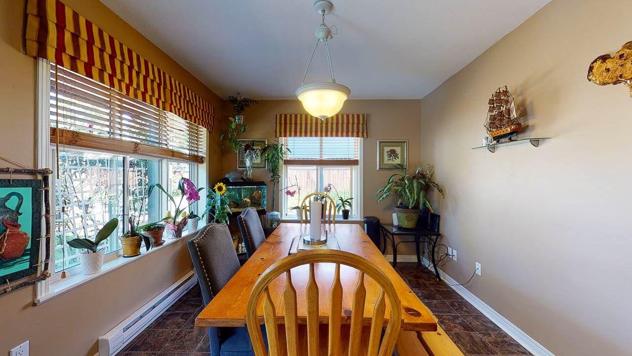 Photo 8: Photos: 5682 CASCADE Crescent in Sechelt: Sechelt District House for sale (Sunshine Coast)  : MLS®# R2488807