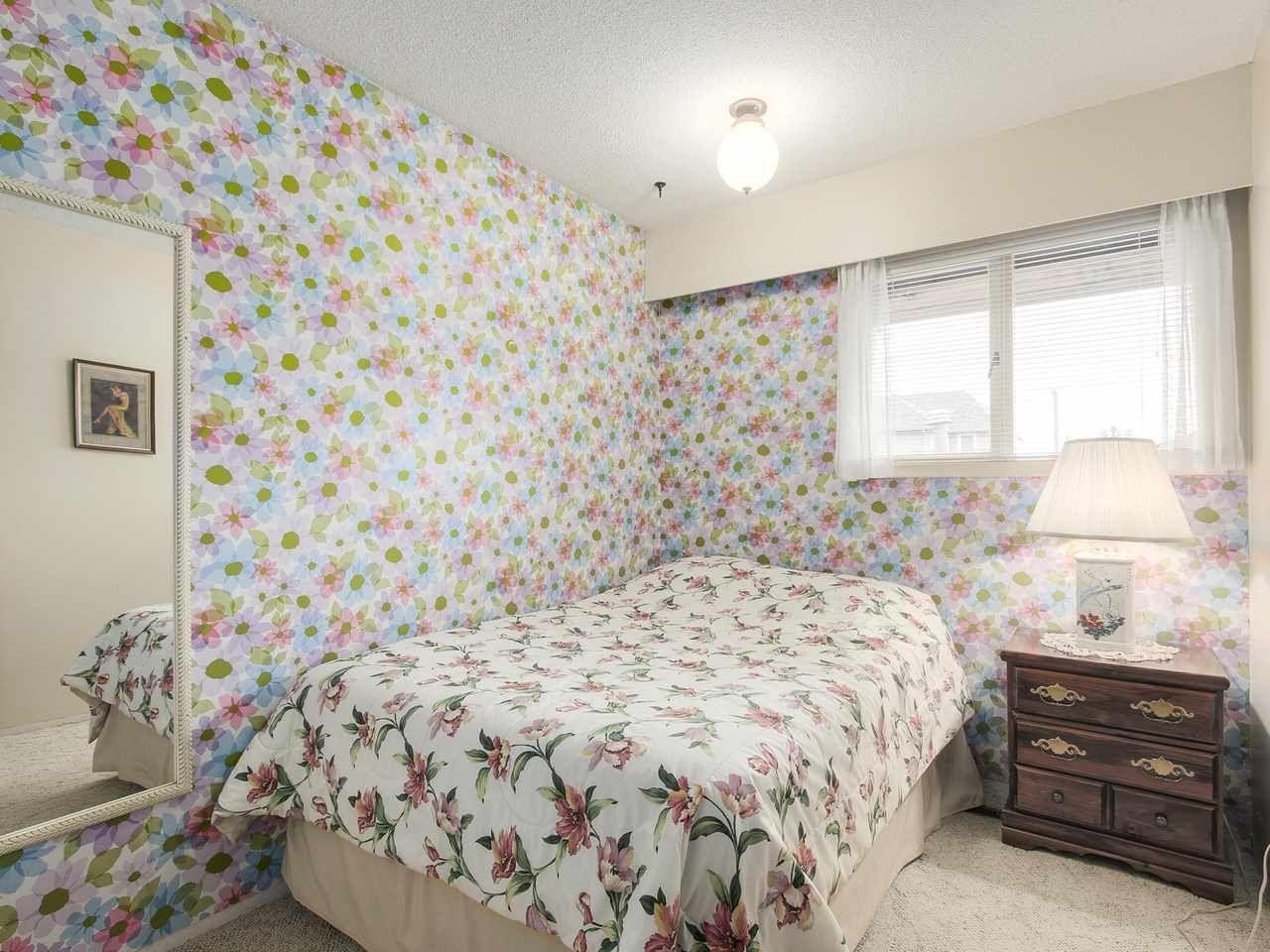 Photo 12: Photos: 1320 REGAN Avenue in Coquitlam: Central Coquitlam House for sale : MLS®# R2147096