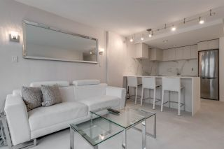 """Photo 1: 302 1251 CARDERO Street in Vancouver: Downtown VW Condo for sale in """"SURFCREST"""" (Vancouver West)  : MLS®# R2352438"""