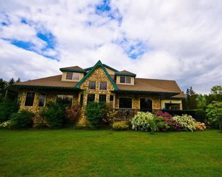 Photo 5: Motel and pub for sale with property in BC: Business with Property for sale