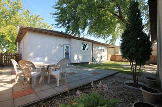 Photo 18: 136 Grassie Boulevard in Winnipeg: Residential for sale (3H)  : MLS®# 1927034
