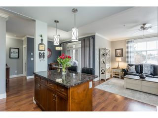 Photo 9: 205 2068 SANDALWOOD Crescent in Abbotsford: Central Abbotsford Condo for sale : MLS®# R2554332