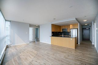 """Photo 6: 906 2978 GLEN Drive in Coquitlam: North Coquitlam Condo for sale in """"GRAND CENTRAL ONE"""" : MLS®# R2204292"""