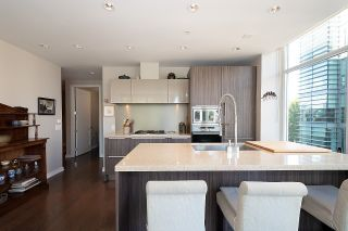 """Photo 20: 410 181 W 1ST Avenue in Vancouver: False Creek Condo for sale in """"The Brook"""" (Vancouver West)  : MLS®# R2614809"""