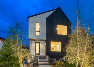 Main Photo: 1110 17 Avenue NW in Calgary: Capitol Hill Detached for sale : MLS®# A1113732