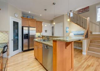 Photo 9: 2013 6 Avenue NW in Calgary: West Hillhurst Semi Detached for sale : MLS®# A1090473