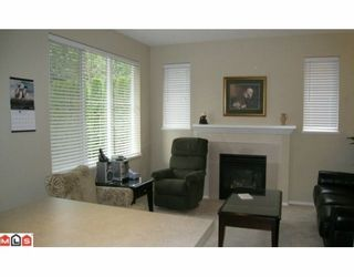 """Photo 7: 12 15868 85TH Avenue in Surrey: Fleetwood Tynehead Townhouse for sale in """"CHESTNUT GROVE"""" : MLS®# F2927924"""