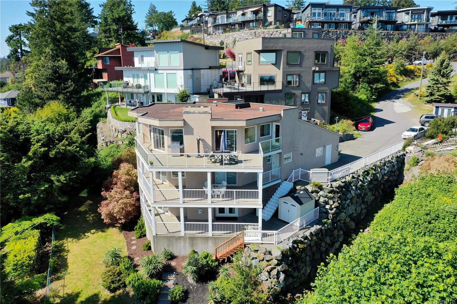 Main Photo: 3409 Karger Terr in : Co Triangle House for sale (Colwood)  : MLS®# 877139