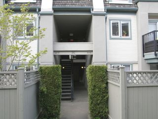 """Photo 7: 68 202 LAVAL Street in """"FONTAINE BLEAU"""": Home for sale : MLS®# V1002684"""
