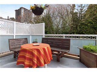 """Photo 2: 309 3709 PENDER Street in Burnaby: Willingdon Heights Townhouse for sale in """"LEXINGTON NORTH"""" (Burnaby North)  : MLS®# V948067"""