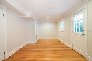 Photo 16: 5123 REDONDA Drive in North Vancouver: Canyon Heights NV House for sale : MLS®# R2613426