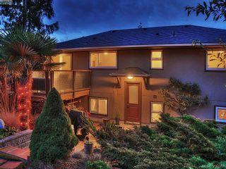 Photo 3: 1011 Gosper Cres in VICTORIA: Es Kinsmen Park House for sale (Esquimalt)  : MLS®# 584592