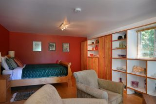 Photo 12: 1881 GRANDVIEW Road in Gibsons: Gibsons & Area House for sale (Sunshine Coast)  : MLS®# R2101665