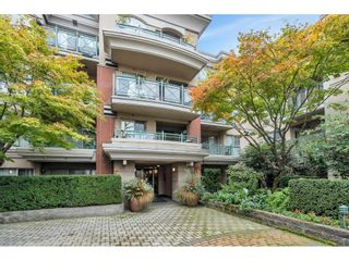 """Photo 2: 325 332 LONSDALE Avenue in North Vancouver: Lower Lonsdale Condo for sale in """"Calypso"""" : MLS®# R2625406"""
