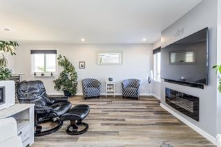 Photo 2: 516 Queen Charlotte Drive SE in Calgary: Queensland Detached for sale : MLS®# A1098339