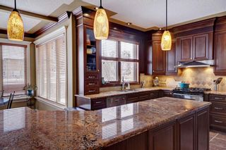 Photo 11: 115 WESTRIDGE Crescent SW in Calgary: West Springs Detached for sale : MLS®# C4226155