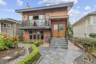 Photo 2: 3378 MONMOUTH Avenue in Vancouver: Collingwood VE House for sale (Vancouver East)  : MLS®# R2493272