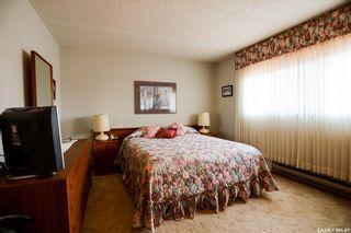 Photo 14: 211 Riverbend Crescent in Battleford: Residential for sale : MLS®# SK864320