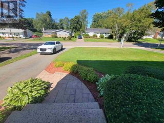 Photo 23: 38 Colonel Gray Drive in Charlottetown: House for sale : MLS®# 202124403