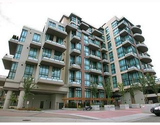 """Photo 1: 210 10 RENAISSANCE Square in New_Westminster: Quay Condo for sale in """"MURANO LOFTS"""" (New Westminster)  : MLS®# V672600"""