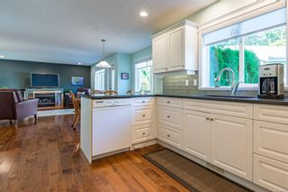 Photo 17: 689 moralee Dr in : CV Comox (Town of) House for sale (Comox Valley)  : MLS®# 858897