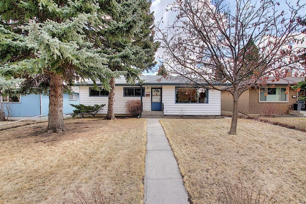 Main Photo: 166 Havenhurst Crescent SW in Calgary: Haysboro Detached for sale : MLS®# A1095089