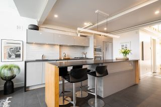 """Photo 10: 403 1529 W 6TH Avenue in Vancouver: False Creek Condo for sale in """"WSIX"""" (Vancouver West)  : MLS®# R2620601"""