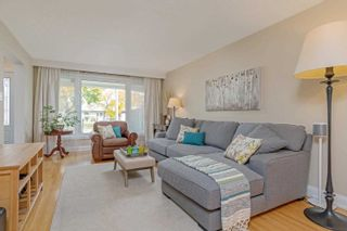 Photo 3: 3416 Cedar Creek Dr in Mississauga: Applewood Freehold for sale : MLS®# W4641412