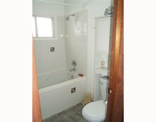Photo 5: 600 MELROSE Avenue West in WINNIPEG: Transcona Residential for sale (North East Winnipeg)  : MLS®# 2903395