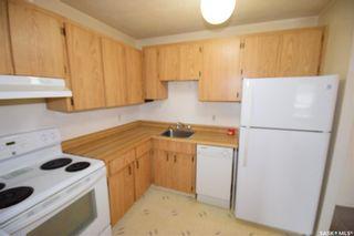 Photo 5: 302 461 Pendygrasse Road in Saskatoon: Fairhaven Residential for sale : MLS®# SK871470