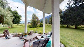 Photo 3: 8354 PEMBERTON MEADOWS Road in Pemberton: Pemberton Meadows House for sale : MLS®# R2478723