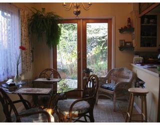 Photo 8: 5748 MEDUSA Street in Sechelt: Sechelt District House for sale (Sunshine Coast)  : MLS®# V799828