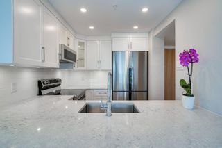 """Photo 8: 403 505 LONSDALE Avenue in North Vancouver: Lower Lonsdale Condo for sale in """"La PREMIERE"""" : MLS®# R2596475"""