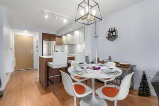 Photo 10: 320 221 E 3 Street in North Vancouver: Lower Lonsdale Condo for sale : MLS®# R2228210