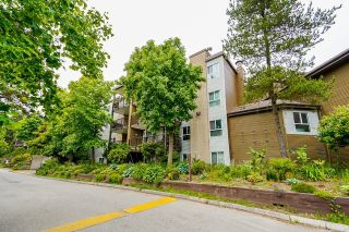 """Photo 2: G01 10698 151A Street in Surrey: Guildford Condo for sale in """"Lincoln Hill"""" (North Surrey)  : MLS®# R2617979"""