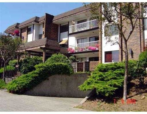 "Main Photo: # 102 - 119 Agnes Street in New Westminster: Downtown NW Condo for sale in ""Parkwest Plaza"" : MLS®# V551946"