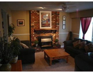 Photo 2: 8300 COLONIAL Drive in Richmond: Boyd Park House for sale : MLS®# V735621