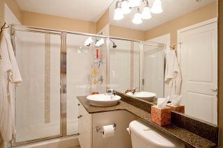 Photo 10: 301 4500 Westwater Drive in Coppersky West: Home for sale